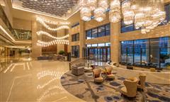 乌鲁木齐希尔顿酒店大堂
