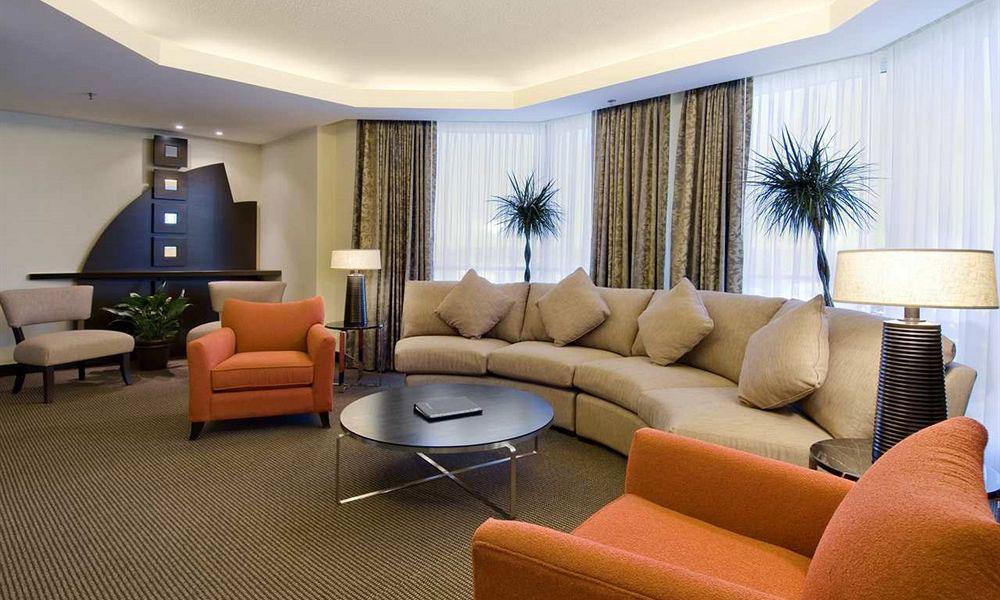 如何改变酒店家具装修设计现状的形式?
