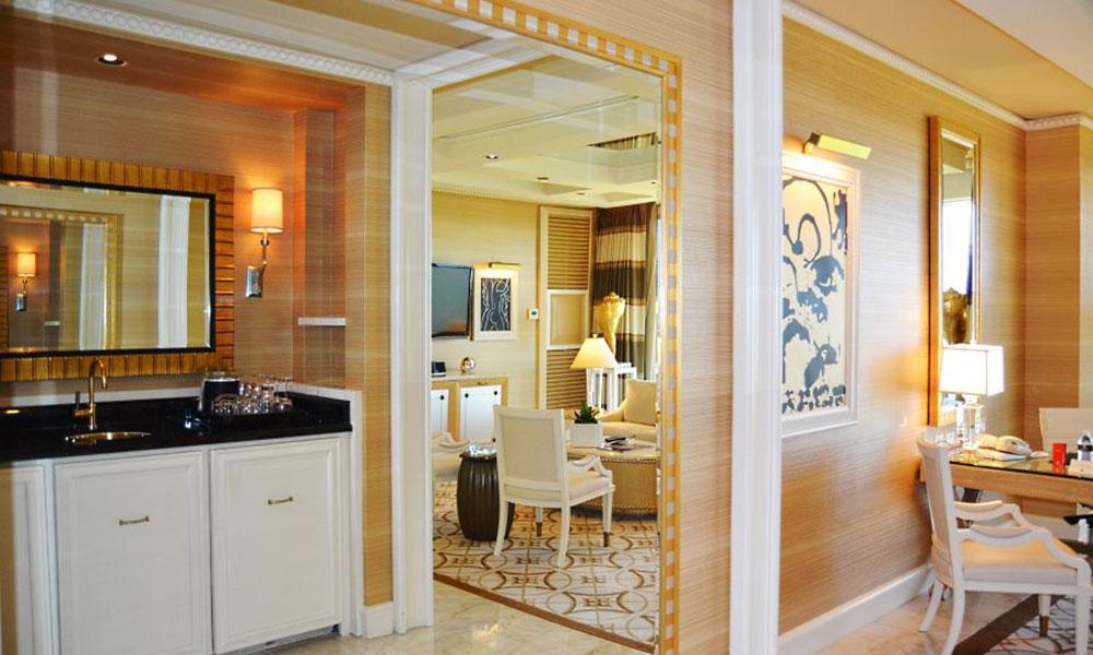 酒店实木定制家具,如何选择不花冤枉钱?