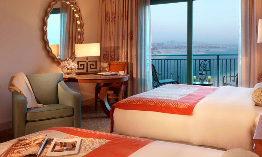 五星级酒店家具如何翻新?这些步翻新酒店家具