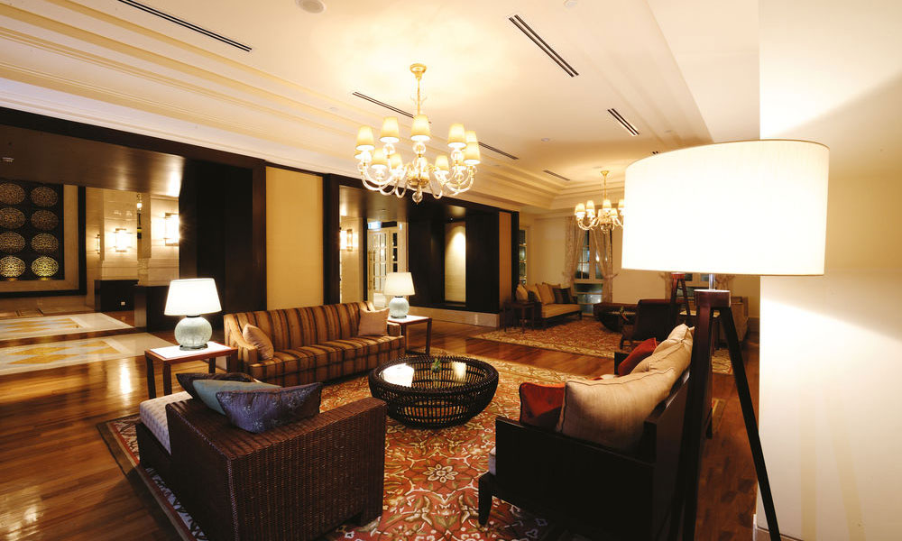 酒店家具定制行业里使用环保油漆