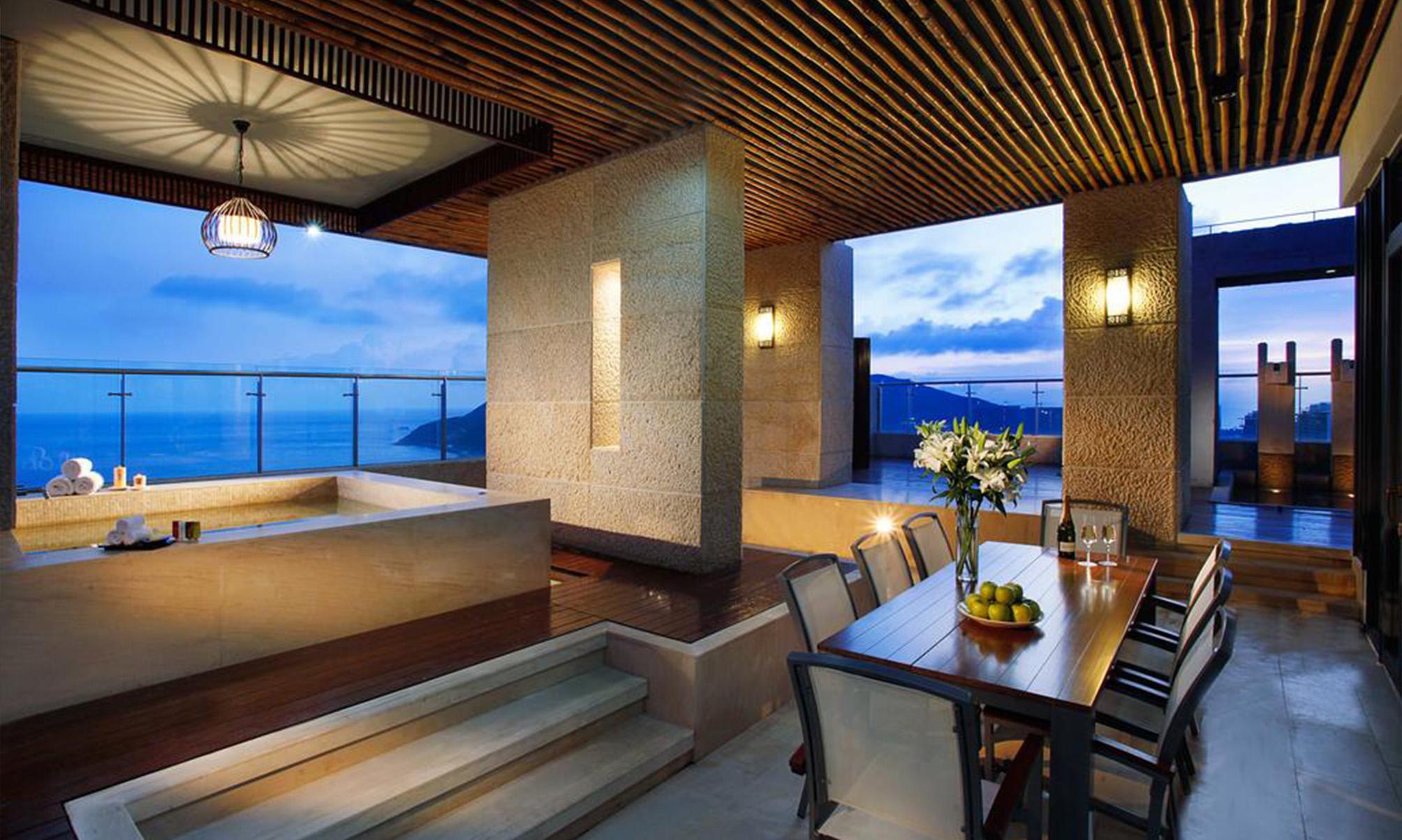 酒店家具定制该侧重什么样的家具?